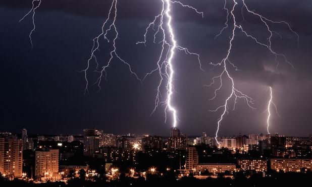 Acts of God; Google loses data in lightning strikes - IT Blog by Shackleton Technologies Dundee, Angus, Tayside and Fife